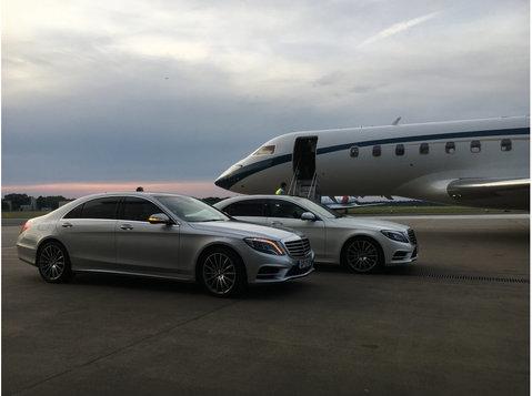 Platinum Cars - Car Transportation