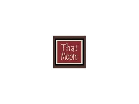 Thai Moom - Food & Drink