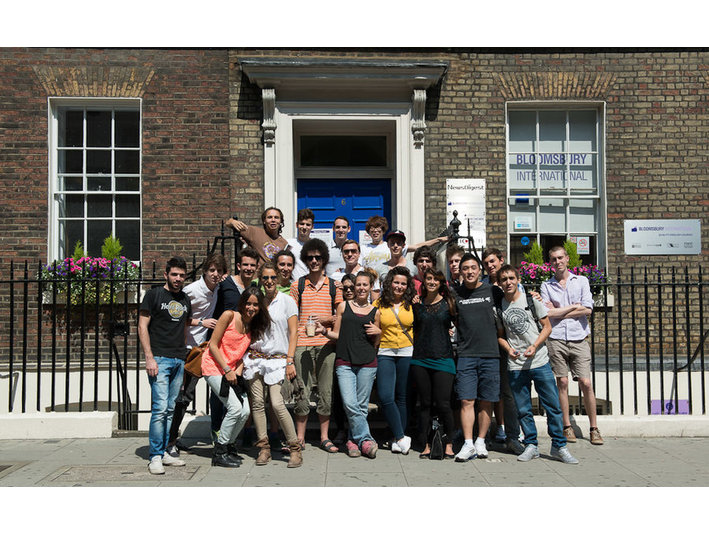 Bloomsbury International, School of English - Educazione degli adulti