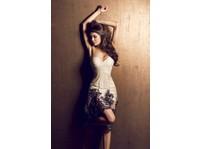Laila (4) - Clothes