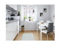 Portsmouth Kitchen Fitters (3) - Home & Garden Services
