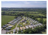 Sandyholme Holiday Park (1) - Camping & Caravan Sites
