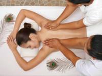 Oriental Blossom Therapy Centre (2) - Spas
