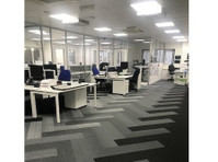Flow Office Furniture and Interiors (2) - Builders, Artisans & Trades