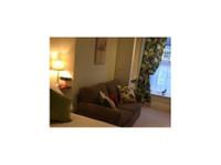 Milton House Bed & Breakfast (6) - Hotels & Hostels
