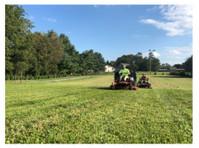 Kinsmen Lawn Services LLC (1) - Gardeners & Landscaping