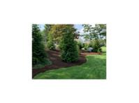 Kinsmen Lawn Services LLC (2) - Gardeners & Landscaping
