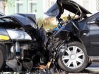 eAutoCollision: Auto Body Shop (1) - Car Repairs & Motor Service