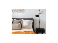 Sadie Brooke Design (1) - Pictori şi Decoratori
