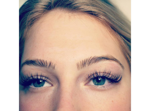 Laveda Lash & Brow Boutique - Beauty Treatments