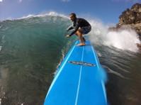 Maui Surf Lessons Llc (2) - Games & Sports