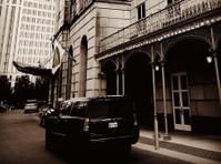 Lone Star Suv & Limo LLC (4) - Taxi Companies