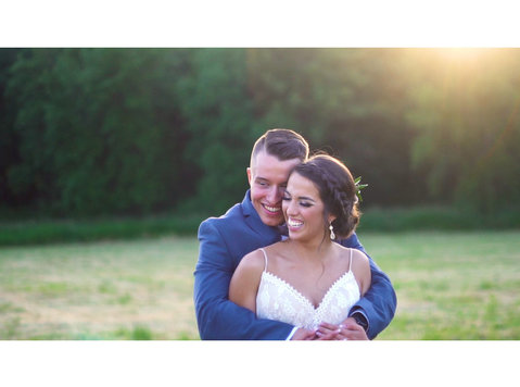 Cloud 9 Wedding Videography - Photographers