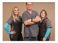 Advanced Dental Professionals (1) - Dentists