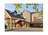 Stoney Creek Hotel Columbia (1) - Hotels & Hostels