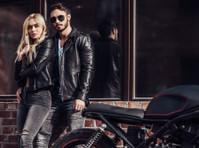 Leather Gaze (1) - Clothes