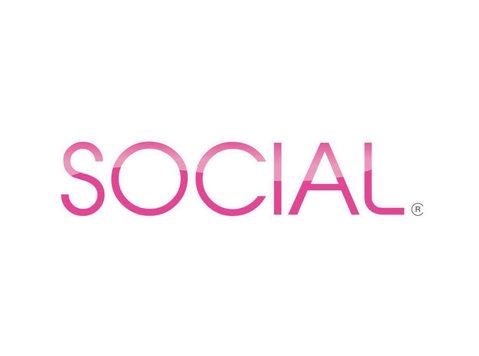 Social Sparkling Wine - Wine