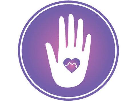 Listening Hand Therapeutic Massage - Wellness & Beauty