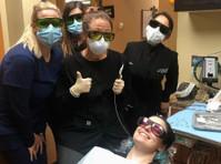 Stoneridge Dental (7) - Dentists