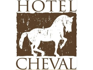 Hotel Cheval - Hotels & Hostels