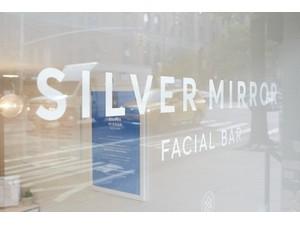 Silver Mirror Facial Bar - Wellness & Beauty