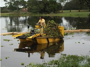 Lake Weeds Removal - Weedooboats - Fishing & Angling