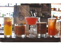 Repour Bar - Nightclubs & Discos