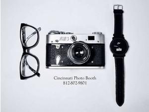 Cincinnati Photo Booth - Photographers