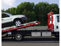 Cincinnati Auto Towing (4) - Car Repairs & Motor Service