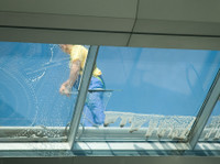 Prestige Building Maintenance of Nevada (7) - Cleaners & Cleaning services