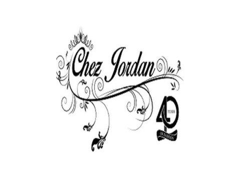 Chez Jordan - Clothes