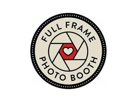 Full Frame Photo Booth - Photographers