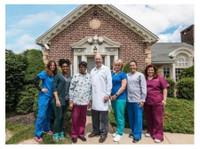 The Dental Center Walinchus (2) - Dentists