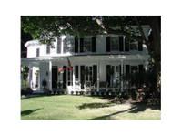 Veranda House (3) - Hotels & Hostels