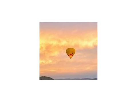 Napa Valley Balloons, Inc - Balloons, Paragliding & Flying Clubs