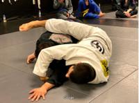 Up Top Martial Arts Academy (2) - Tělocvičny, osobní trenéři a fitness