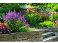 Green Art Design & Landscape (1) - Gardeners & Landscaping