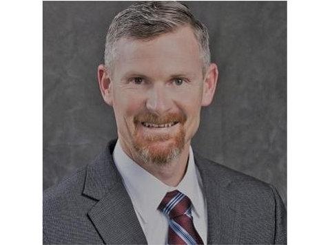 Edward Jones - Financial Advisor: Jeremy A Findley - Financial consultants