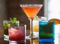 Zest Kitchen & Bar (8) - Restaurants