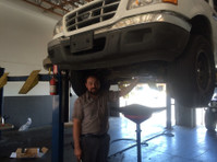 Crawford's Auto Repair (1) - Car Repairs & Motor Service