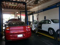 Crawford's Auto Repair (3) - Car Repairs & Motor Service