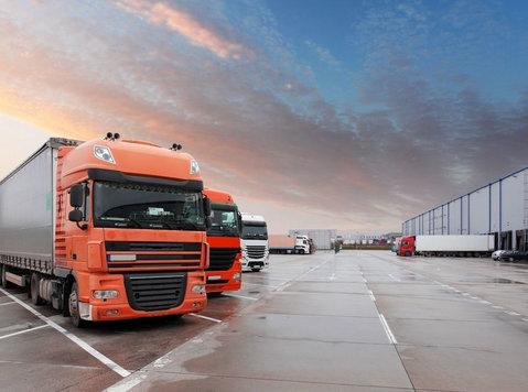 KNS TRANSIT LLC - Removals & Transport