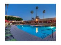 DoubleTree by Hilton Phoenix North (1) - Hotels & Hostels