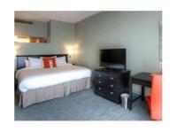 DoubleTree by Hilton Phoenix North (3) - Hotels & Hostels