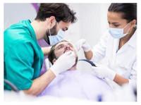Sandstone Oral Maxillofacial Surgery (1) - Dentists