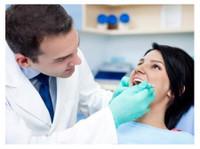 Sandstone Oral Maxillofacial Surgery (2) - Dentists