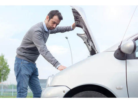 Fresno Cheap Towing - Car Transportation