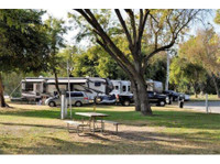 Kings River RV Resort (2) - Camping & Caravan Sites