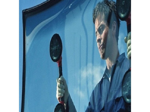 Rapid Mobile Auto Glass - Car Repairs & Motor Service
