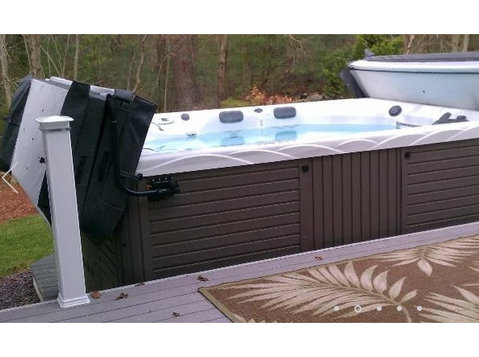 Hot Tub Spot - Swimming Pool & Spa Services